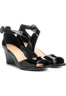 Sandália Anabela Shoestock Easy Chic Feminina - Feminino-Preto