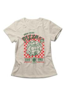 Camiseta Feminina Tartarugas Ninja Oven Fresh Pizza Bege