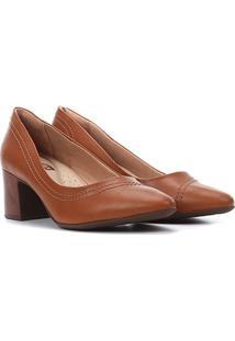 Scarpin Comfortflex Salto Médio Costuras - Feminino-Caramelo