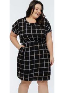Vestido Plus Size Estampa Xadrez Amplo