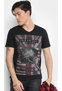 Camiseta Kohmar Gola V Estampa Bandeira Guitarra Masculina - Masculino-Preto