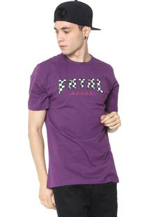 Camiseta Fatal Lettering Roxa