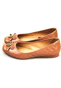 Sapatilha Love Shoes Bico Quadrado Laço Matelasse Verniz Nude