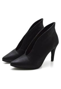 Sapato Feminino Scarpin Abotinado Salto Alto Fino Em Nobucado Preto