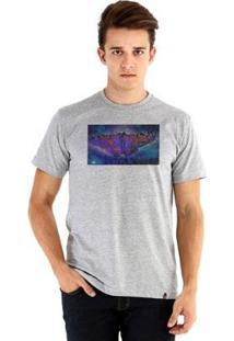 Camiseta Ouroboros Manga Curta Borboleta Versos - Masculino-Cinza