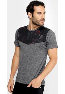 Camiseta Overcore Recorte Floral Masculina - Masculino-Preto