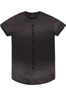 Camiseta Masculina Alongada Chumbo