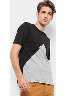 Camiseta Drezzup Recorte Frente Masculina - Masculino-Preto
