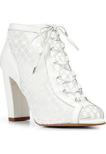Sandália Couro Shoestock Bride Bordada Feminina - Feminino-Branco