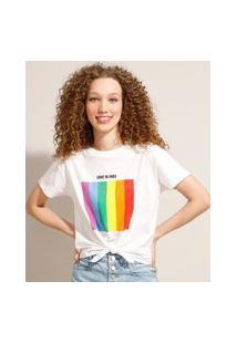 """Camiseta Cropped De Algodão Pride """"Love Is Love"""" Com Nó Manga Curta Decote Redondo Off White"""