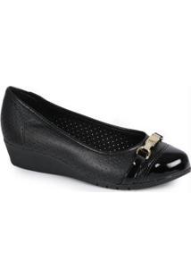 Sapato Anabela Moleca Micro Furos Preto Preto
