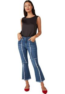 Calça Jeans Cropped Flare Recortes A Fio