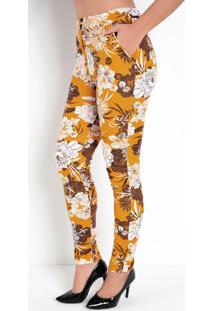 Calça Modelo Cenoura Floral Mostarda Com Bolsos