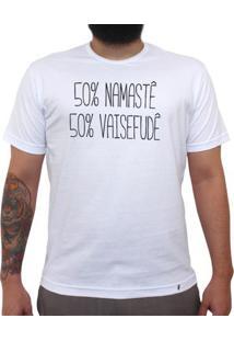 50% Namaste, 50% Vaisefude - Camiseta Clássica Masculina