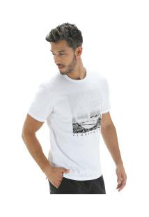 Camiseta Timberland Kennebec Rv Photographic - Masculina - Branco