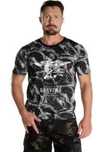 Camiseta Black Flag Bravery Camuflado Urbano