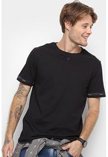 62acd0cfe3 ... Camiseta Cavalera Detalhe Fita Masculina - Masculino-Preto