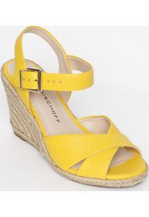 Sandália Anabela Em Couro Com Tiras Cruzadas- Amarela
