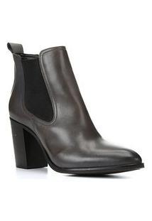 Bota Chelsea Shoestock Couro Salto Alto Feminina