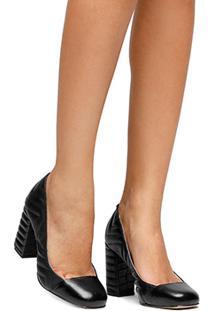 Scarpin Couro Shoestock New Matelassê - Feminino-Preto