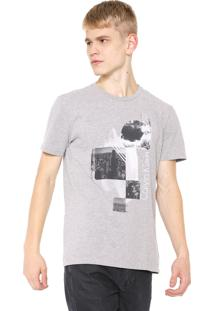 Camiseta Calvin Klein Jeans Urbana Cinza
