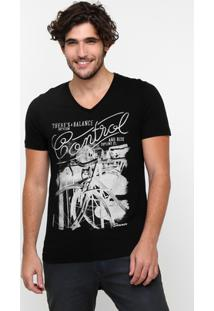Camiseta Sommer Estampa Frente - Masculino-Preto