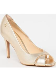 Peep Toe Em Couro Metalizado Com Vazados - Dourado- Capodarte