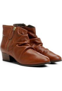Bota Couro Shoestock Curta Enrugada Feminina - Feminino