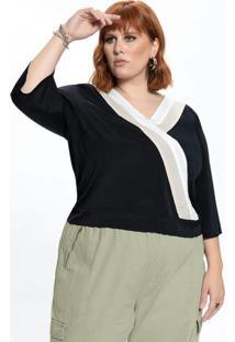 Blusa Plus Size Preta Decote V E Recortes