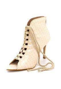 Sandalia Ankle Boot Batta Shoes Bico Folha Salto Alto Fino Cano Medio Off White
