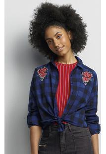 Camisa Feminina Em Fio Tinto Com Bordado
