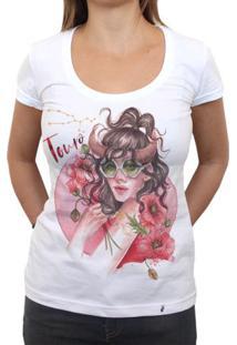 Taurina - Camiseta Clássica Feminina