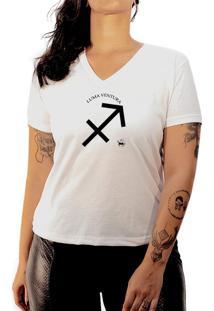 Camiseta Luma Ventura Signo Sargitário Branca