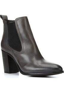 Bota Chelsea Shoestock Couro Salto Alto Feminina - Feminino-Cinza
