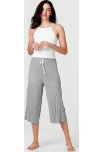 Pijama Feminino Com Regata E Calça Pantacourt