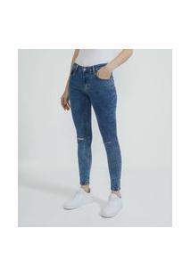 Calça Skinny Em Jeans Com Navalhas Nos Joelhos