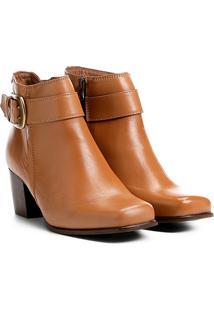Bota Couro Cano Curto Shoestock Bico Quadrado Fivela Feminina - Feminino-Caramelo