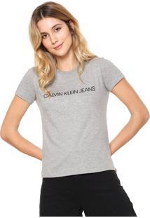 05146879eb222 Camiseta Com Rasgos De Grife feminina   Shoelover