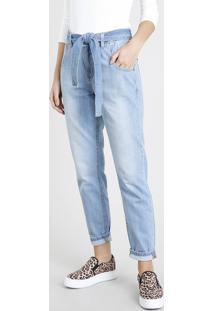 863684fc5 Calça Jeans Feminina Mom Clochard Com Faixa Para Amarrar Azul Claro