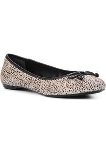 Sapatilha Couro Shoestock Pelo Cheetah Feminina - Feminino-Preto+Branco