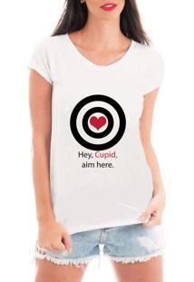 Camiseta Criativa Urbana Acerte Aqui Cupido Branca - Kanui