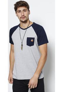 Camiseta Raglan Com Bolso- Cinza Claro & Azul Marinhojavali