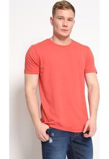 Camiseta Com Recorte Em Relevo- Vermelha- Forumforum