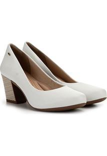 Scarpin Dakota Bico Redondo Salto Médio Básico - Feminino-Branco