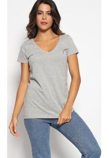 Camiseta Com Bordado - Cinza Claro & Pinkaleatory