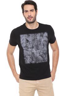 Camiseta Aramis Floral Preta