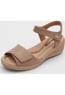 Sandália Comfortflex Velcro Bege