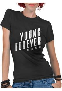 Camiseta Criativa Urbana Kpop Young Forever - Feminino-Preto