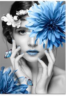 Quadro 60X90Cm Canvas Judith Mulher Com Flor Azul Nórdico