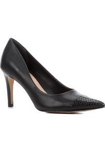 Scarpin Couro Shoestock Bico Fino Salto Alto - Feminino-Preto